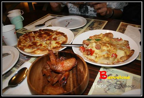 夏威夷披薩 招牌雞翅 西班牙煎蛋
