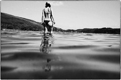 walking in water (gorbot.) Tags: summer blackandwhite bw swimming trossachs roberta f19 lochard leicam8 digitalrangefinder ltmmount voigtlander28mmultronf19 silverefexpro2