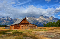 Moulton Barn on Mormon Row (NancelAnders) Tags: grandtetons grandtetonnationalpark
