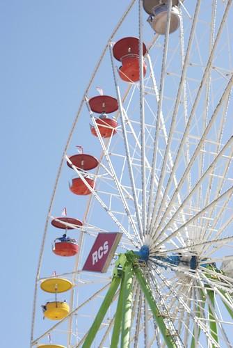 ferris wheel half