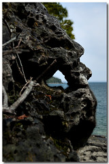 A HOLE IN THE ROCK (_Val W) Tags: vacation cliff shorelines sunny greatlakes beaches blueskies touring tobermory goodtimes naturesfinest aperfectday trailhiking pentaxk10d valwest