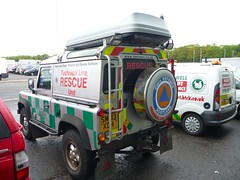 Land Rover Defender 90 TD5 (barronr) Tags: out scotland glasgow more about secc landrover find services a scotlanda emergencyscotland2011 hartservicesscotland hrefhttpwwwhartservcoukhart