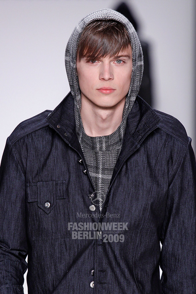 Enrico Petzold3052_FW09 Berlin Kilian Kerner(Mercedes-Benz Fashion Week)