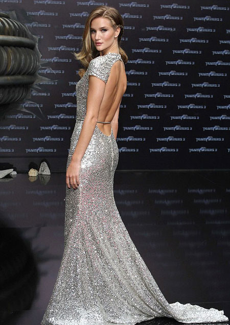 Rosie-Huntington-Whiteley-berlin-premiere