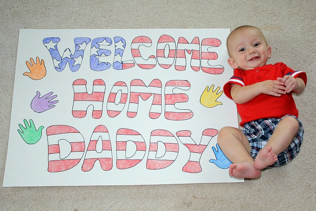 Elliot's welcome home sign :)
