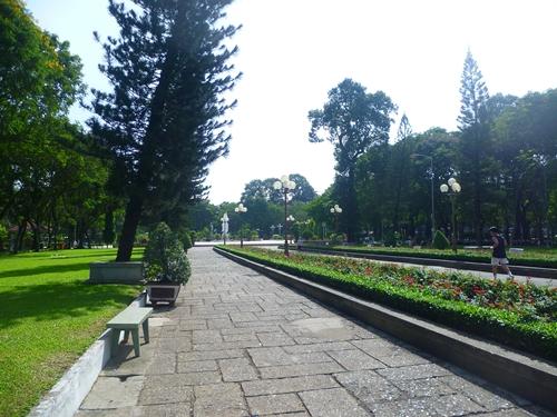 Park in Saigon / Ho Chi Minh
