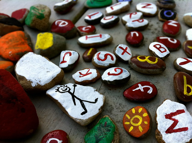 painted rocks-closeup