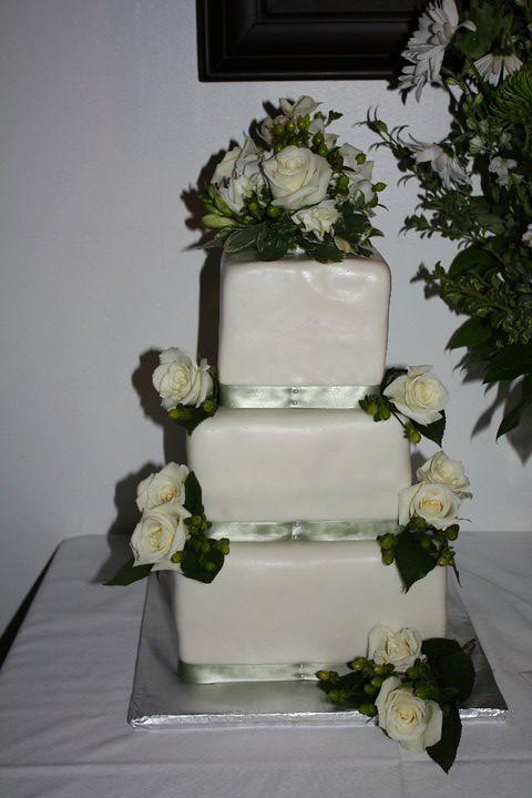 Floral fondant wedding cake