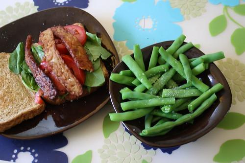 tempeh sandwich, green beans