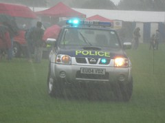 Essex Police / Nissan Navara / Marine Unit Support Vehicle / ???? / EU04 VDZ (Chris' Transport Pics) Tags: old uk light england woman man film station speed bill pc support bars marine pix day order fuji nissan cops united nick fine blues police samsung kingdom cop finepix copper vehicle and leds fujifilm service law enforcement breakers emergency 112 essex coppers services arrest policeman maldon unit 999 constable 991 twos strobes 2011 policing navara lightbars rotators vluu pl81 sl630 pl80 eu04vdz esspol s2750hd