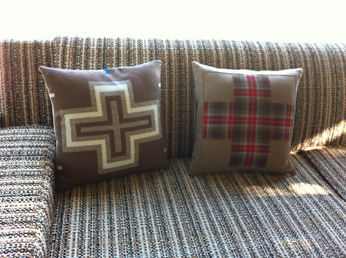 Woolen cross pillows - back + front