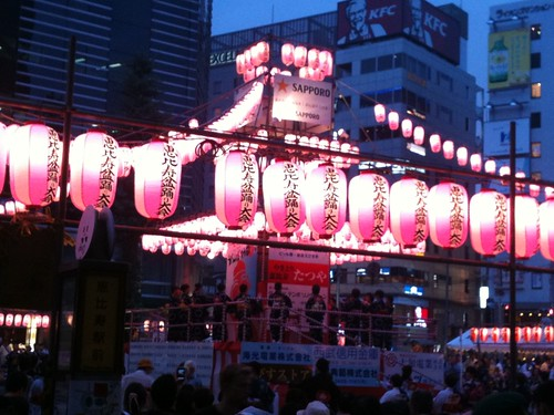 恵比寿駅前盆踊り2011