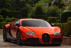 RRR's Bug' Veyron (Julien Rubicondo Photography - julienrubicondo.com) Tags: cars car one julien nikon dubai suisse martin 360 super ferrari montecarlo monaco seven enzo cs db4 gto carlo monte rrr d200 lm bugatti lamborghini luxury scuderia supercar luxe sv aston zonda vantage supercars dbs veyron 430 f40 supersport f50 ajman vanquish zagato pagani db5 db6 virage db7 599 fxx 16m grandsport huayra worldcars one77 rubicondo lp670