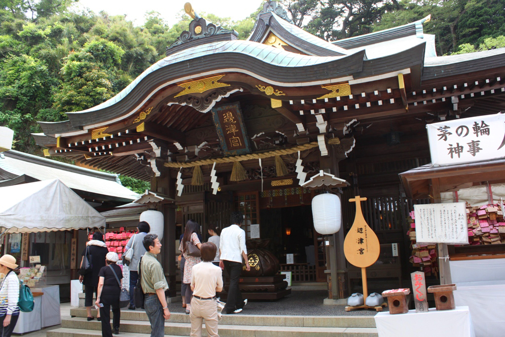 A walking guide of Enoshima (9)