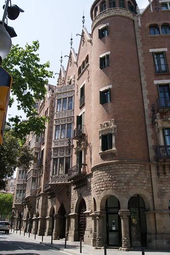 Casa de les Punxes, Barcelona