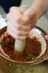 Making harissa