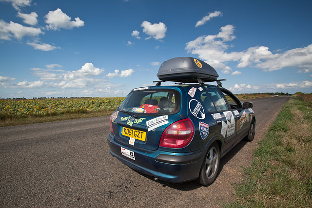 mongol-rally-car-on-the-road