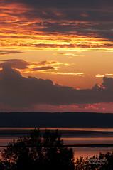 Kempt Shore Sunset (Andrew Eisnor) Tags: ocean sunset canada beach nature water nikon novascotia natural nikkor setting sunsetlight maritimes eastcoast settingsun minasbasin d90 nikkor70300mm nikond90 kemptshore