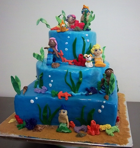 Bubble Guppies Cake by Yahairam