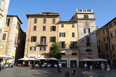 """piazza del Pantheon • <a style=""""font-size:0.8em;"""" href=""""http://www.flickr.com/photos/89679026@N00/6204228840/"""" target=""""_blank"""">View on Flickr</a>"""