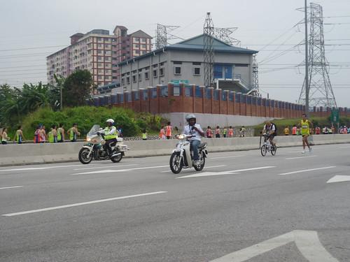 escort team