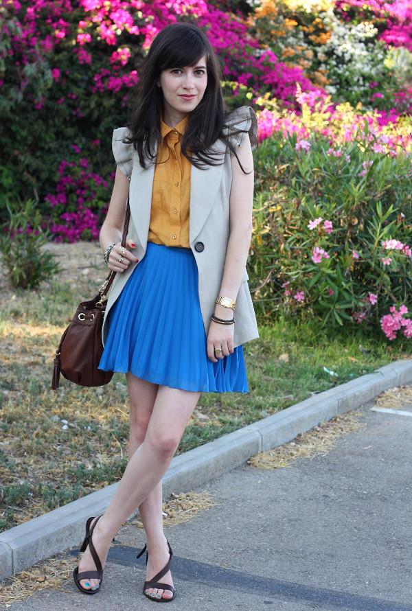 mustard_blue1