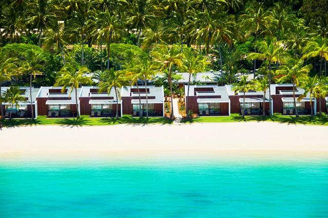 Hayman-Beach-Villas-Exterior 1Mb (2).jpg