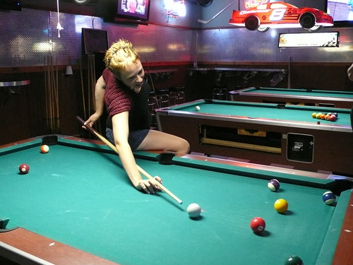 Girl's night out: Pool Night