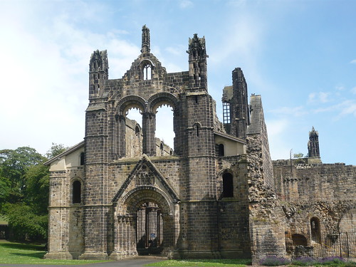 Kirkstall Abbey frontage