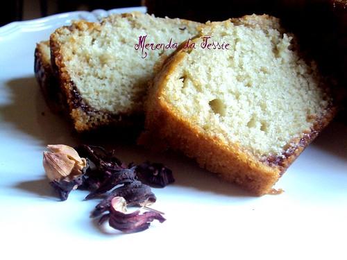 plumcake al karkadè e marmellata di ciliegie