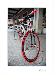 Black & Red (Torsten Wolf) Tags: seattle red black bike america washington nikon place market united states pike d700