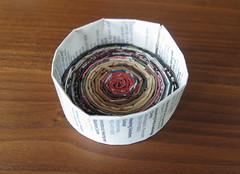 Iron Craft Challenge #28 - Rolled Magazine Bowl