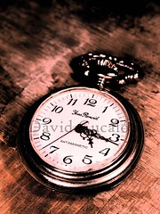 Old Clock (David Cucaln) Tags: wood macro clock 35mm vintage madera time watch olympus retro fineartphotography tiempo oldclock e510 2011 digitalcameraclub pasodeltiempo cucalon relojviejo relojantiguo pasodelosaos davidcucalon pastoftime pastofyears
