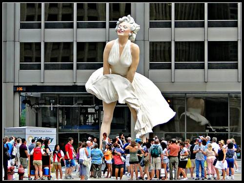 Marilyn Monroe Sculpture by chollsjr