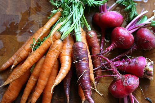 Candy Striped Beet & Carrot Slaw | gluten-free recipes | beet recipes | carrot recipes | perrysplate.com