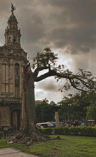 Remainings.......Capitolio, La Habana, Cuba by Rey Cuba