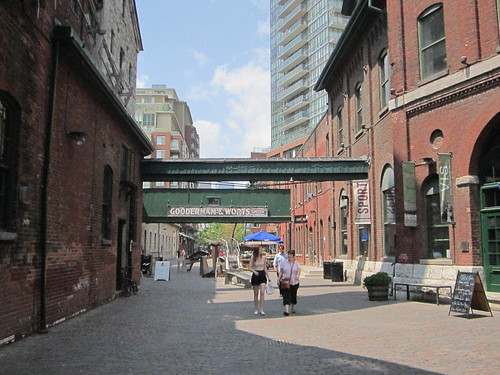 The heat wave in the Distillery district, a toronto hot tourist attraction