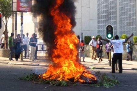 Unrest in Lilongwe, Malawi has resulted in the reported deaths of 18 people. The demonstrators are demanding action on the failing economy which is under tremendous pressure due to the world financial crisis. by Pan-African News Wire File Photos
