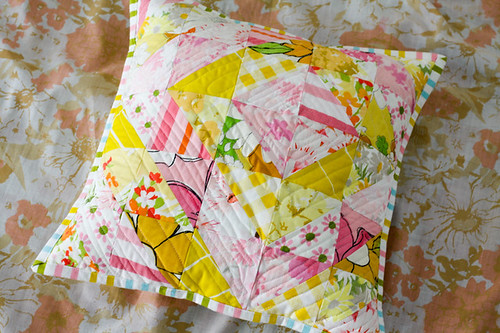 Vintage Sheet Half-Square Triangle Pillow Tutorial - In Color Order