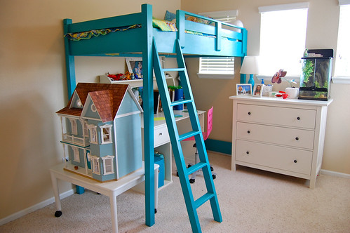 the turquoise loft bed