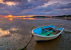 Beached (PeterYoung1.) Tags: sunset seascape beach landscape wow1 wow2 wow3 wow4 wow5 wowhalloffame