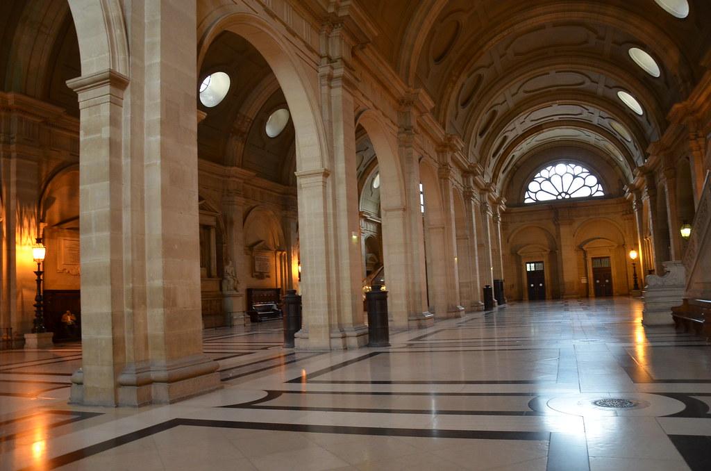 La Salle des Pas Perdus, Tribunal de grande instance, Paris