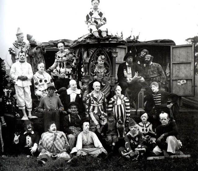 Clowns 28