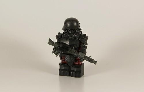 Custom minifig Ubersoldier. (Explored)