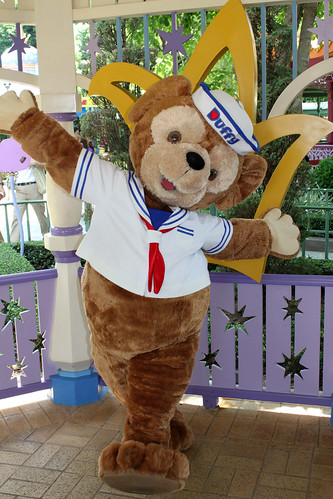 Meeting Duffy the Disney Bear