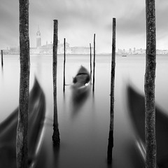 3 gondolas (Moises Levy L) Tags: longexposure venice water movement truth seascapes illusion minimalism venecia 1740mm venetia gondolas longexposure2minutes canon5dmll