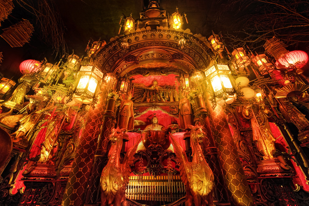 Chinese lanterns and mechanized music (House on the Rock)