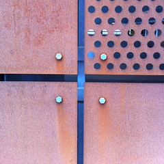 P-huset Dockan, Malm (s_p_o_c) Tags: glass architecture sweden architect carpark malm glas arkitektur stl vstrahamnen arkitekt cortensteel phus parkeringshus dockan andersblomquist cortenstl arkitekternakrooktjder