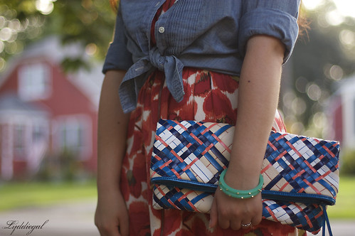Poppy sunset clutch