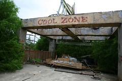 Cool zone (Rande Archer) Tags: abandoned rust neworleans rusty gritty creepy amusementpark sixflags nola themepark postapocalyptic jazzland zombieland